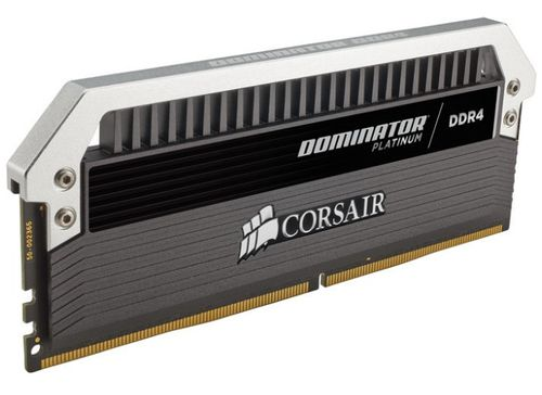 Ver CORSAIR DDR4 32GB 4X8GB PC 3600 DOMINATOR PLATINUM